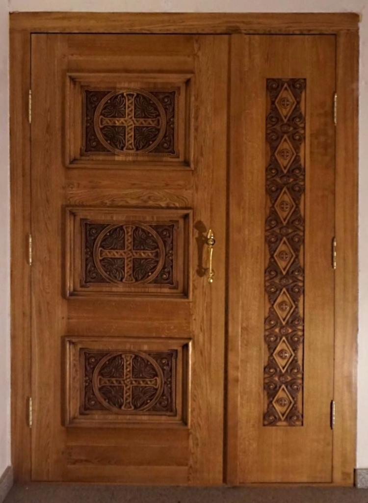 Дверь, храмовая дверь, входная группа, интерьер, дуб, изделия из дуба, резьба, церковная утварь